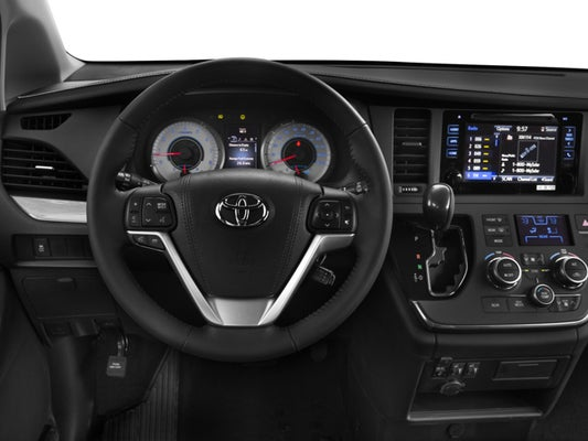 2016 Toyota Sienna Se Premium 7 Penger In Southern Pines Nc Auto